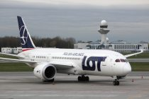 LOT to launch daily flights from Warsaw to Kiev