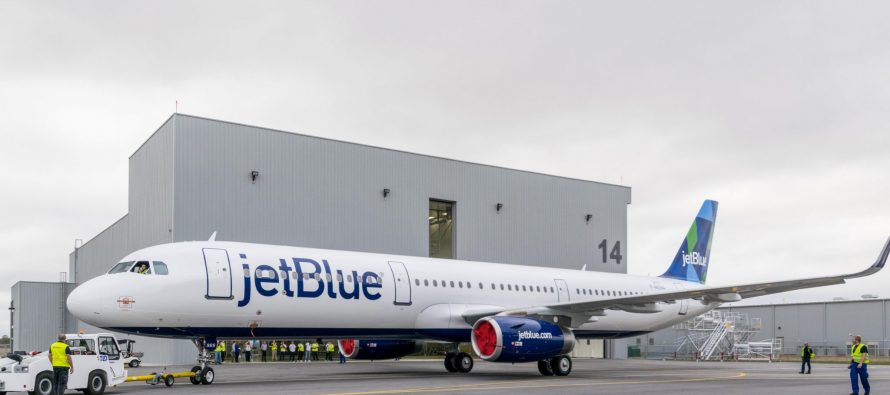 JetBlue pilots press for new pay deal