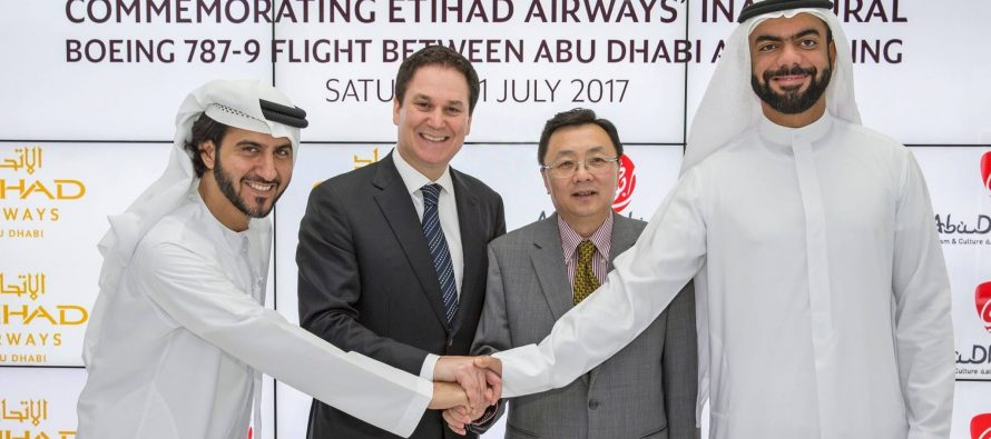 Etihad Airways' 787 commences services into Beijing