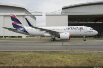 AerCap delivers new A350XWB to LATAM