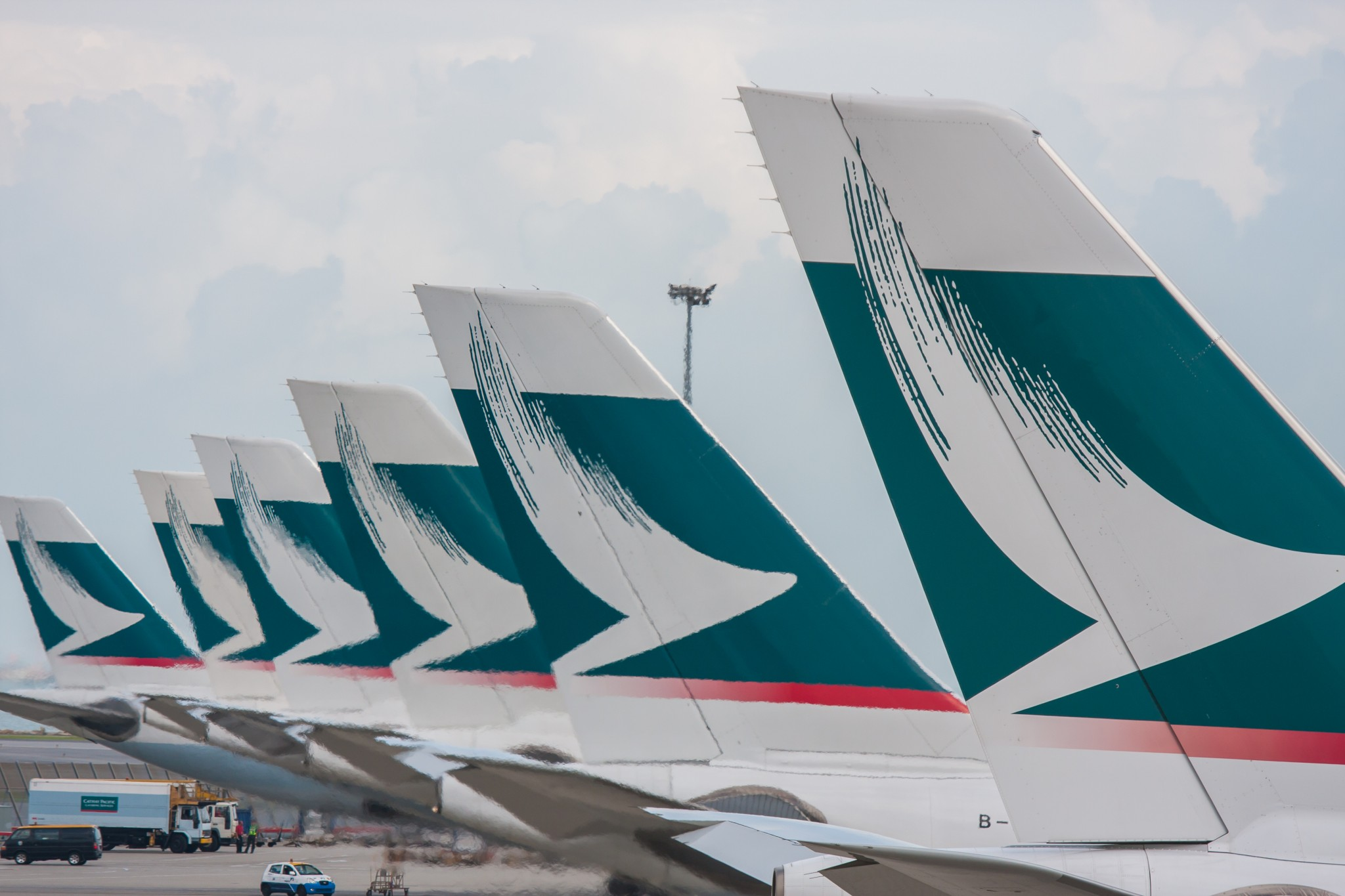 Cathay Pacific Group signs MOU for 32 A321neo aircraft; DAE completes AWAS acquisition