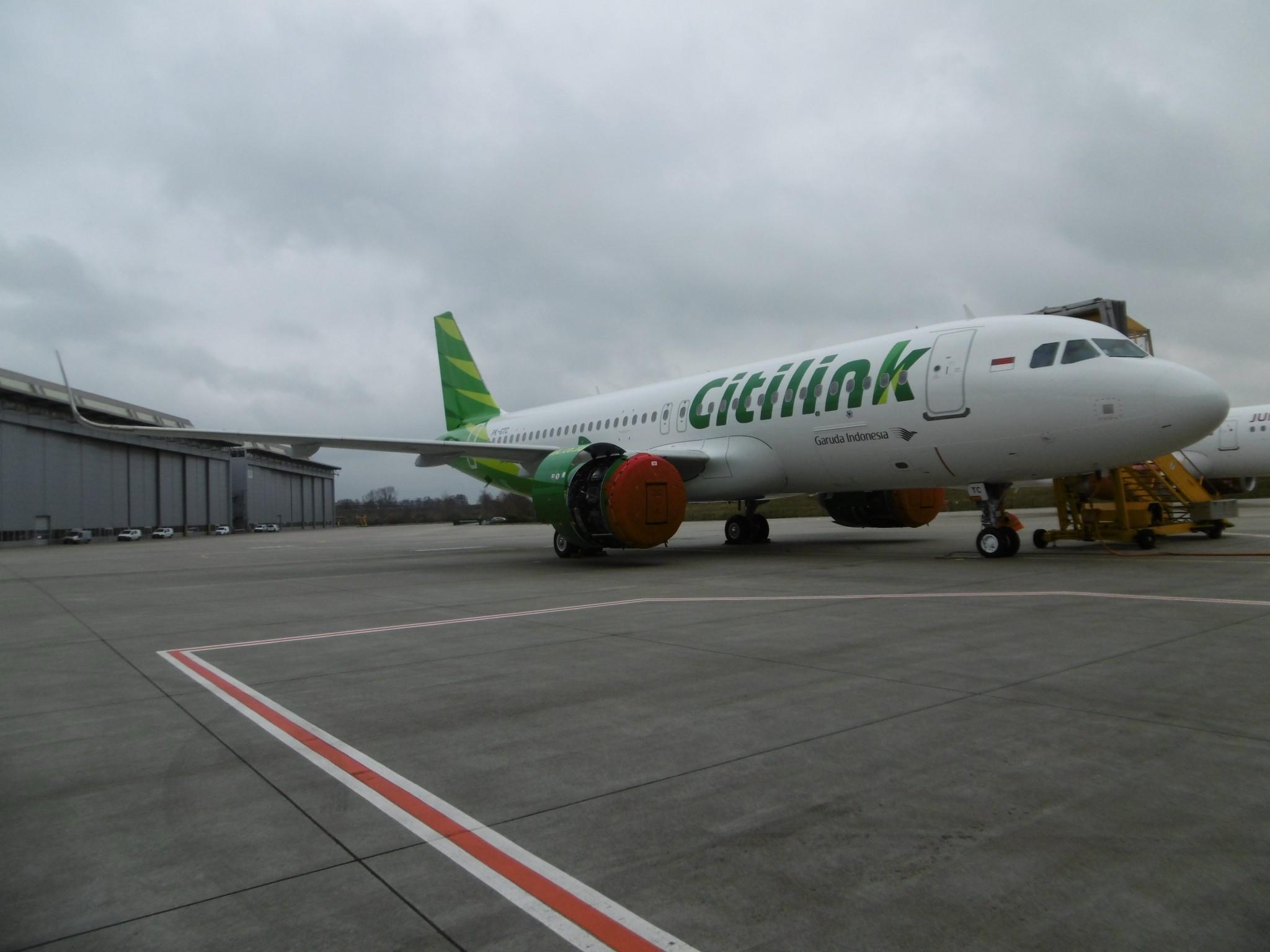 Garuda A320-200Neo Delivery by Avolon 8.3.17