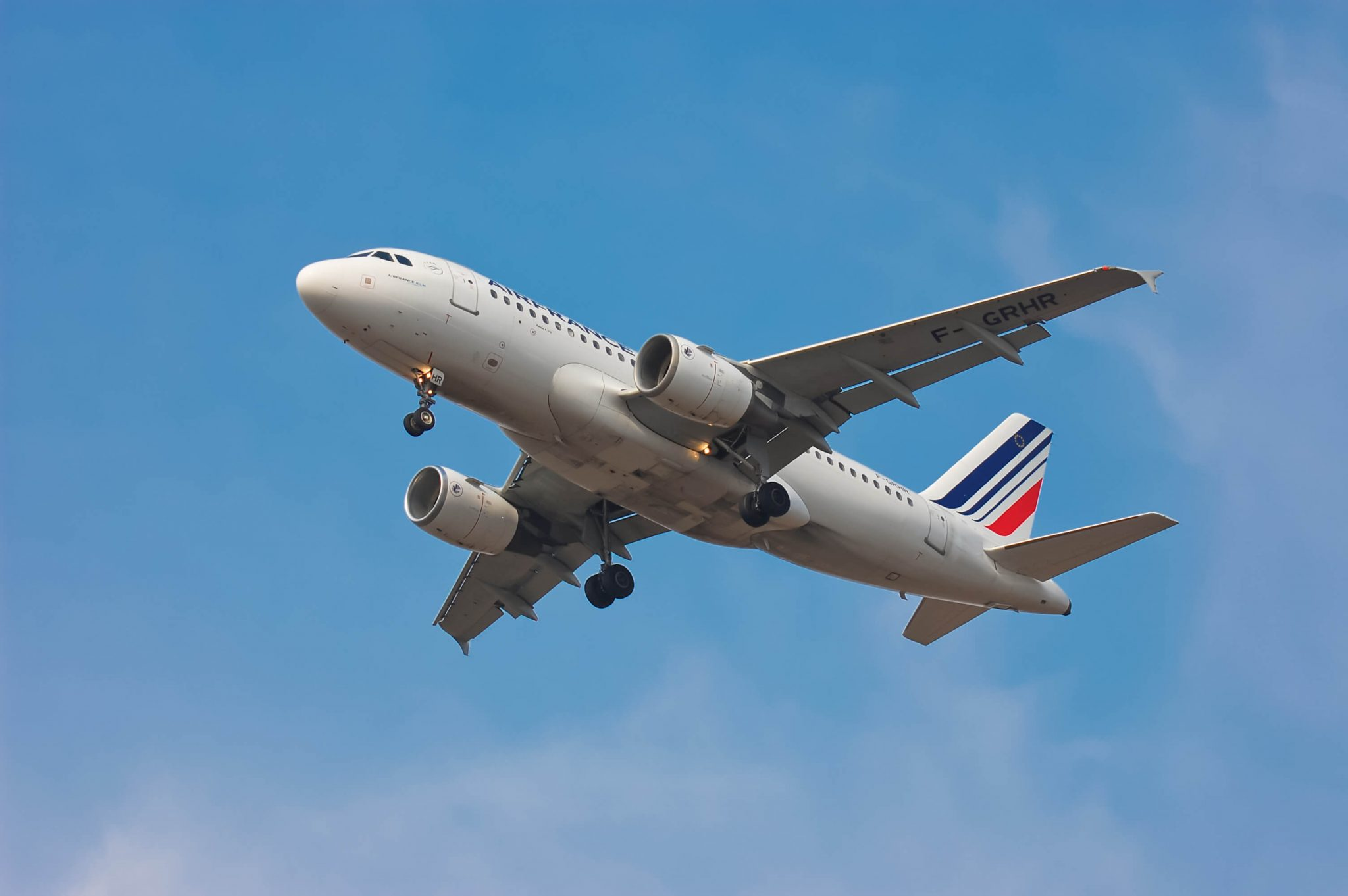 Air France and unions signs employee compensation agreement