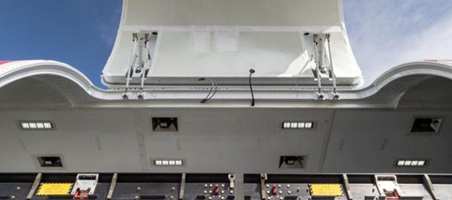 AEI receives FAA certification for B737-800SF