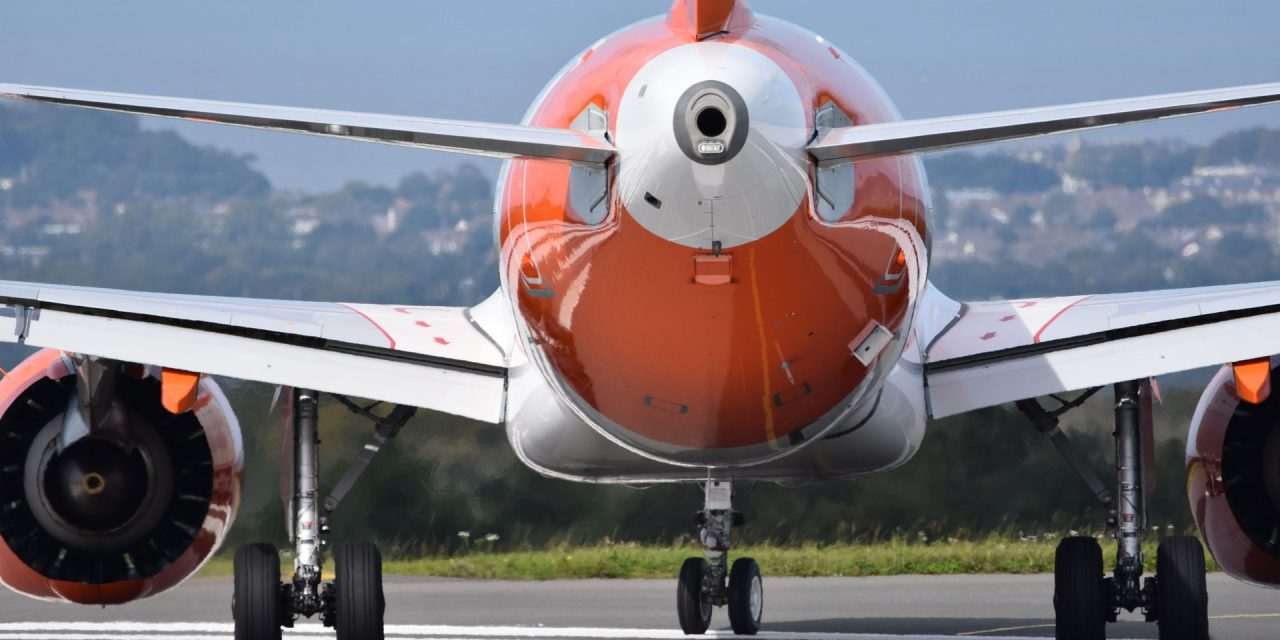 """easyJet expects $1.1bn annual loss but sees """"positive momentum"""" into 2022"""